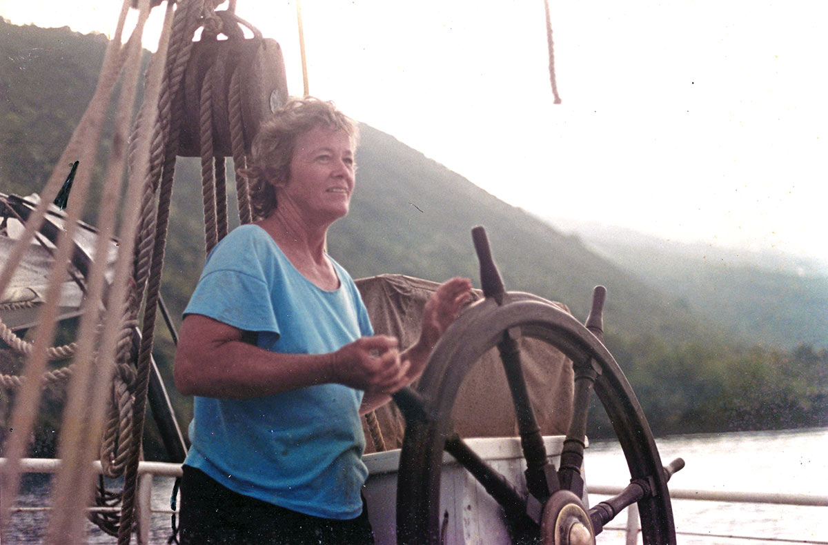 Nancy on Edna in Kealakekua, circa 1990