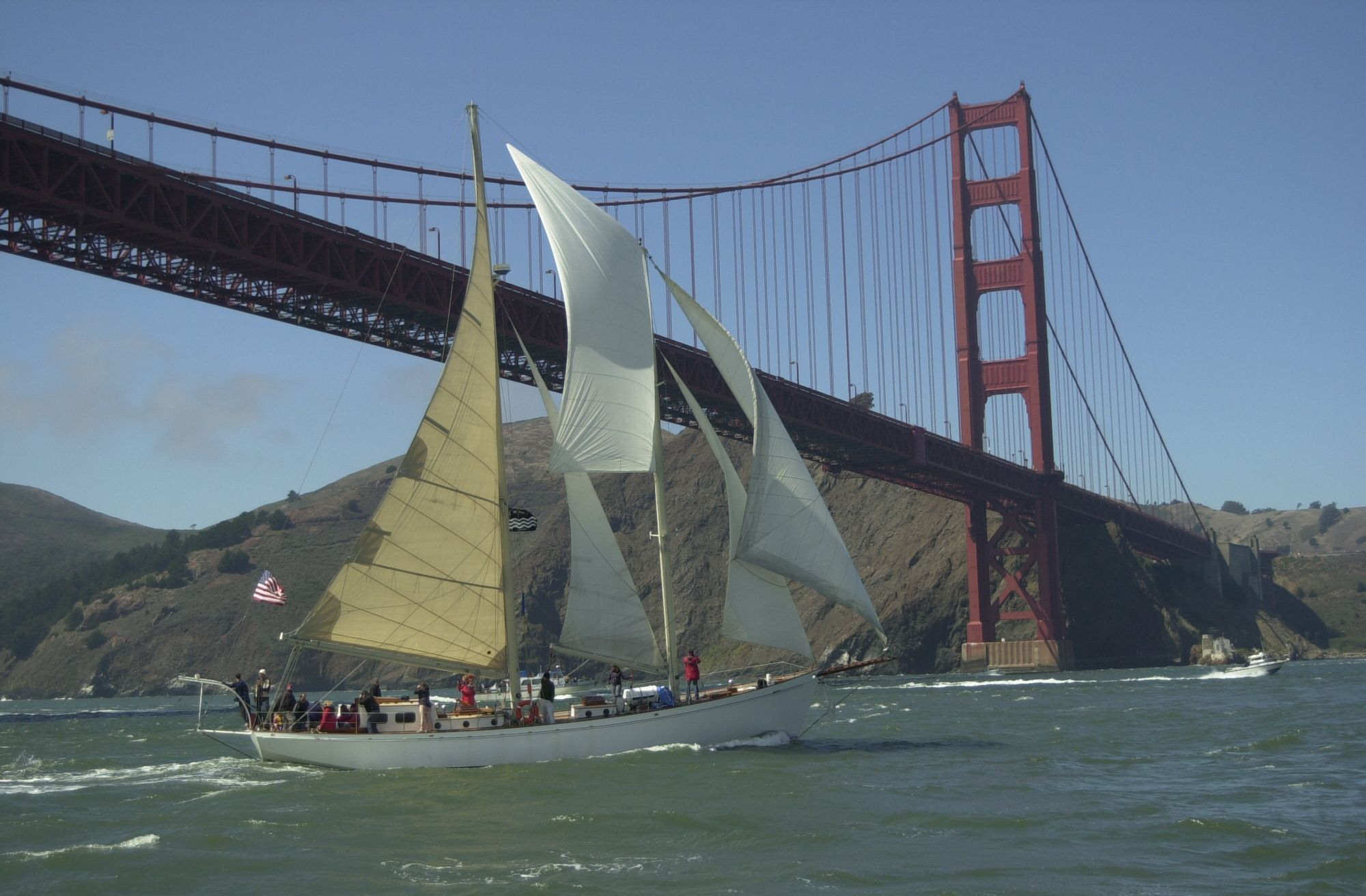Matthew Turner sailing under the Golden Gate Bridge © Call of the Sea